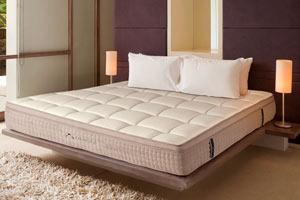 dreamcloud-mattress-firm